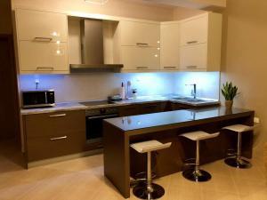 Κουζίνα 18
